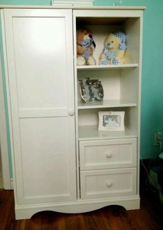 Baby Lucas new armoire