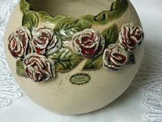 Vasen - Keramikkugelvase - ein Designerstück von Susanne-Spitzbarth bei DaWanda Clay Vase, Fimo Clay, Ceramic Clay, Pottery Bowls, Ceramic Pottery, Diy And Crafts, Arts And Crafts, Hand Built Pottery, Cement Crafts