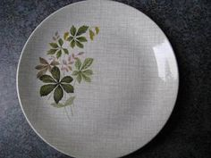 Crown Lynn Ashleigh Plate for sale on Trade Me, New Zealand's auction and classifieds website Plates For Sale, Decorative Plates, Pottery, Crown, Glass, Ceramica, Corona, Drinkware, Pottery Marks