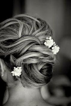 https://weddighair.blogspot.co.uk/2014/11/wedding-updos-for-short-hair.html Wedding Updos For Short Hair - Weddig Hair