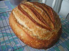 Már elég régen piszkálja a fantáziámat, hogyan lehetne esti gyúrással, éjszakai hidegben kelesztéssel, reggel finom meleg kenyeret az asztal... Bread And Pastries, How To Make Bread, Food And Drink, Cookies, Cake, Kitchen, Crack Crackers, Cooking, How To Bake Bread