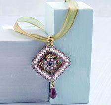 Freshen up your beading skills with this free pattern