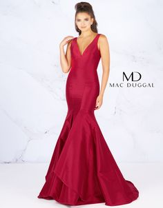 Be ravishing in this stretch crepe, V neck gown featuring body contouring seams to show off your amazing silhouette. The well-structured bodice gives way to a mermaid fit, tiered ruffle skirt. This style comes in Cranberry or Midnight Blue. Evening Dresses Plus Size, Evening Gowns, Mermaid Prom Dresses, Homecoming Dresses, Prom Gowns, Black Tie Party, Trumpet Gown, Trumpet Skirt, Designer Prom Dresses
