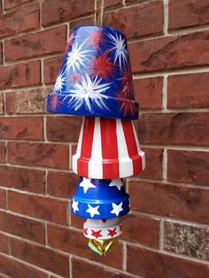 Hand Painted Patriotic Terra Cotta Pot Wind Chimes, of July Garden Patio Decor, Red White & Blue Clay Flower Pots, Flower Pot Crafts, Painted Flower Pots, Clay Pot Crafts, Painted Pots, Clay Pots, Hand Painted, Painted Bricks, Patriotic Crafts