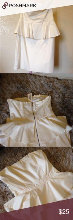 White Peplum Dress Fun and flirty cocktail dress. White peplum dress, simple but sophisticated. Forever 21 Dresses Mini