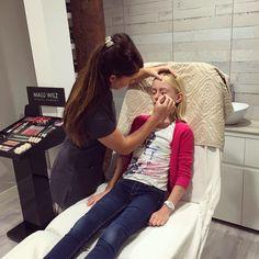 G I R L S �� M A K E - U P #roefeldag2017 #roefeldag #girlsjustwannahavefun #girls #girl #makeup #nails #nailart #tattoo #glitter #salon #beauty #beautysalon #beautician #party #lipgloss #lipstick #work #business #schoonheidssalon #schoonheidsspecialiste #kinderfeestje #beautysalonlys #nagellak #visagie #lekkertutten http://ameritrustshield.com/ipost/1539292778060420394/?code=BVcqqBJnZUq