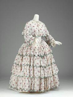 Dress and cape, ca 1850 United States, MFA Boston