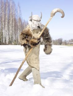 Finlandia/ Astonishing pictures of century pagan ritual garb from all over Europe Charles Freger, Tribal Costume, Tribal Outfit, Folk, Costumes Around The World, Art Plastique, Archetypes, World Cultures, Pagan