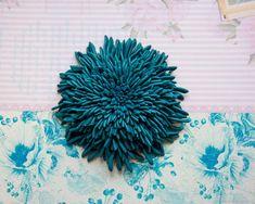 Брошь Хризантема темно - голубая из кожи – купить в интернет-магазине на Ярмарке Мастеров с доставкой