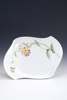 Platter, oval, Flower painting marguerite, L 25,5 cm