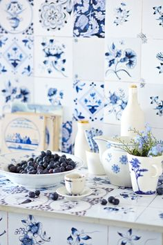 blue and white kitchen vignette
