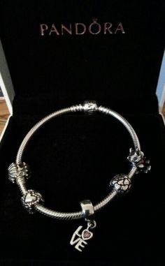 Pandora Carolers Charm