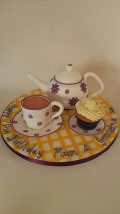 Time for tea? Teapot cake, all edible!