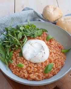 Recept: Tomatenrisotto met burrata en basilicum