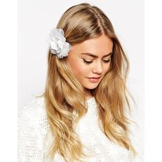ASOS Vintage Flower Hair Clip ($7) ❤ liked on Polyvore featuring accessories, hair accessories, hair, white, floral hair clips, asos, asos hair accessories, barrette hair clips and vintage hair accessories