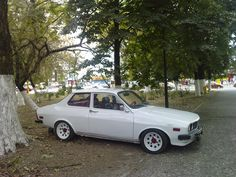 dacia sport coupe - Google Search Alfa 159, Opera Software, Renault Nissan, Automobile, Racing Quotes, Old School Cars, Car Photos, Hot Cars, Locomotive