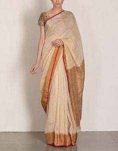 Check out our Off White Linen Saree by ANAVILA available at Ogaan Online store at special price. Anavila is known for her simple and elegant light linen saris that drape beautifully Off White Saree, Grey Saree, Formal Saree, Casual Saree, Bollywood Saree, Bollywood Fashion, Elegant Saree, Traditional Sarees, Saree Dress