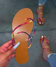 Pretty Sandals, Cute Sandals, Shoes Sandals, Heels, Summer Sandals, Flat Shoes, Flat Sandals, Silver Slippers, Hype Shoes