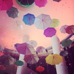 Colorful umbrellas #UltrafemmeFDV13