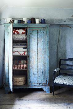 charmingspaces:  sarahkaye.com/photographers/adrian-briscoe