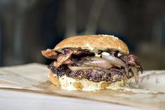 Oslos beste burgere - Aftenposten Oslo, Pulled Pork, Hamburger, Ethnic Recipes, Food, Shredded Pork, Essen, Burgers, Meals