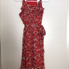 ELLE Floral Summer Dress Good Condition - Buttons all the way down - Zips up the side Elle Dresses Midi