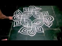 HOW TO DRAW A PADI KOLAM - YouTube