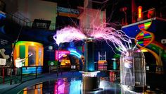 Discover how science is like by entering the chamber! Find out more at http://www.singaporecitytour.com.sg
