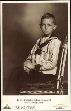 Postcard of  S.H. Erbprinz Johann Leopold von Sachsen Coburg Gotha (1906-1972) in sailor suit.