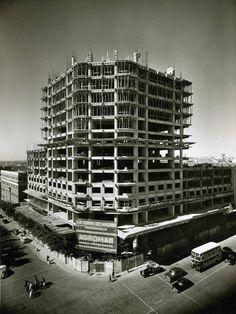 1955 Torre de Madrid en construcción por la Constructora Agromán.