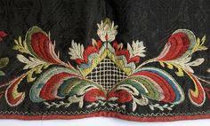 Forkle - Norsk Folkemuseum / DigitaltMuseum Folk Embroidery, Embroidery Designs, Sewing Tips, Sewing Hacks, Regional, Norway, Needlework, Apron, Beading