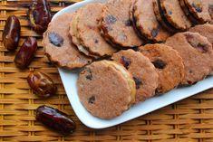 datlové cukroví 3 Going Vegan, Brownies, Sausage, Xmas, Christmas, Pork, Cookies, Baking, Sweet
