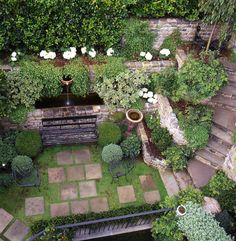 Slightly skewed pavers add handmade sense to a sunken garden (Elizabeth Everdell Garden Design). Sunken Patio, Sunken Garden, Small City Garden, Dream Garden, Back Gardens, Small Gardens, Vertical Gardens, Formal Gardens, Outdoor Gardens