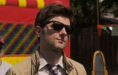 Ray-Ban Wayfarer sunglasses used by Adam Scott in PARKS AND RECREATION: FREDDY SPAGHETTI (2010) Ray-Ban