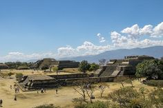 We visited Monte Alban on a hot and dusty day. With incredible 360-degree views over the valleys and distant mountains it was the ideal location for a city from which the ancient Zapotecs could over them rule from. . . . . #visitmexico #mexicolove #montealban #zapotecruins #oaxaca #bbctravel #natgeotravel #mylpguide #lpfanphoto #natgeopro #natgeotravel #natgeoyourshot #natgeo #Travel #TravelBlogger #TravelPhotography #TravelDiary #TravelLife #TravelPics #TravelCouple #travelisthenewclub…