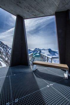 500px / Photo skyrest at #Kitzsteinhorn in #Kaprun province #Salzburg by Alexander Matt