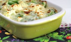 Broccoli and Cauliflower baked with a cream sauce and parmesan on top. Vegetable Recipes, Vegetarian Recipes, Cooking Recipes, Healthy Recipes, 30 Minute Meals, Savoury Dishes, Creative Food, Food To Make, Food Porn