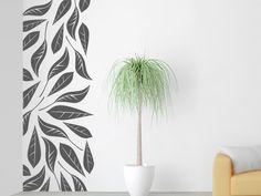 Schöne Dekoration im Herbst und auch während des restlichen Jahres: Mit dem Wandtattoo Wandbanner Blätter kannst Du Deine Wand kreativ gestalten.