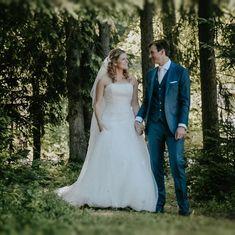Wedding Pins, Wedding Dresses, Instagram, Fashion, Bride Dresses, Moda, Bridal Gowns, Fashion Styles, Weeding Dresses
