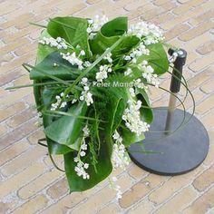 http://www.bloemen.biz/wp-content/uploads/2011/01/trouwen13.jpg