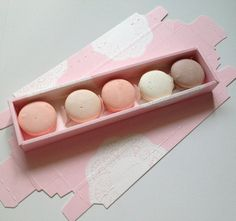 love these pink doily boxes perfect for macarons! #holidayentertaining