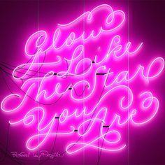 Regilla ⚜ glow...