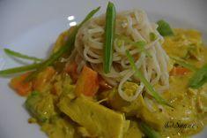 ganske enkelt: Kyllinggryte med kokosmelk Thai Red Curry, Chicken, Meat, Dinner, Ethnic Recipes, Food, Beef, Food Dinners, Meals