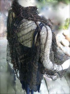 "Saori hand woven silk gauze jacket ""Shadows of Middle Earth"":Saorisantacruz by saorisantacruz on Etsy https://www.etsy.com/listing/205949159/saori-hand-woven-silk-gauze-jacket"
