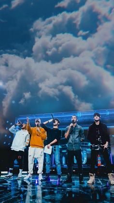 Cnco Richard, Latin Artists, Band Wallpapers, Fine Boys, Iphone Background Wallpaper, Blue Aesthetic, Cute Guys, Boy Bands, Just Pretend
