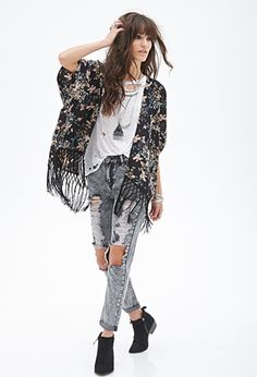 Forever 21 is the authority on fashion & the go-to retailer for the latest trends, styles & the hottest deals. Shop dresses, tops, tees, leggings & more! Forever 21, Cut Out Jeans, Kimono Outfit, Boating Outfit, Hippie Outfits, Material Girls, Long Sleeve Crop Top, Distressed Jeans, Passion For Fashion