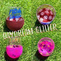 Glitter Wine Glasses, Diy Wine Glasses, Painted Wine Glasses, Diy Tumblers, Custom Tumblers, Glitter Tumblers, Glitter Cups, Wine Glass Sayings, Tumbler Designs