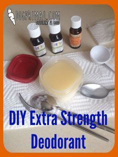 DIY Beauty Tips : This stuff is so amazingly effective! DIY Beauty Tips : This stuff is so amazingly effective! Diy Deodorant, Deodorant Recipes, Natural Deodorant, Young Living Oils, Young Living Essential Oils, Drink Bar, Homemade Beauty Products, Lush Products, Body Products