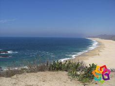 MICHOACÁN MÁGICO. ¿Le gustaría descansar en una playa casi virgen? Una de las mejores opciones para hacerlo es playa Colola, también conocida como la playa de la tortuga negra, ya que es aquí a donde llega para desovar esta especie. Es una playa muy limpia y su mar abierto de extrema belleza le invitará a regresar. HOTEL CABAÑAS ERENDIRA  http://erendiralosazufres.com/