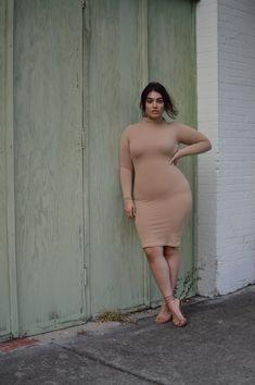 Plus Size Fashion - Nadia